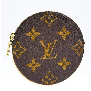 Authentic Louis Vuitton Round Coin Purse monogram